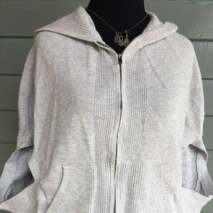 Banana Republic gray zip hoodie vest